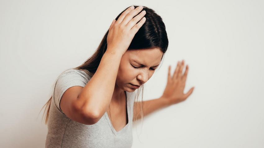 A hajhullás :: Kopaszság, szőrösség - InforMed Orvosi és Életmód portál :: hajhullás, kopaszodás