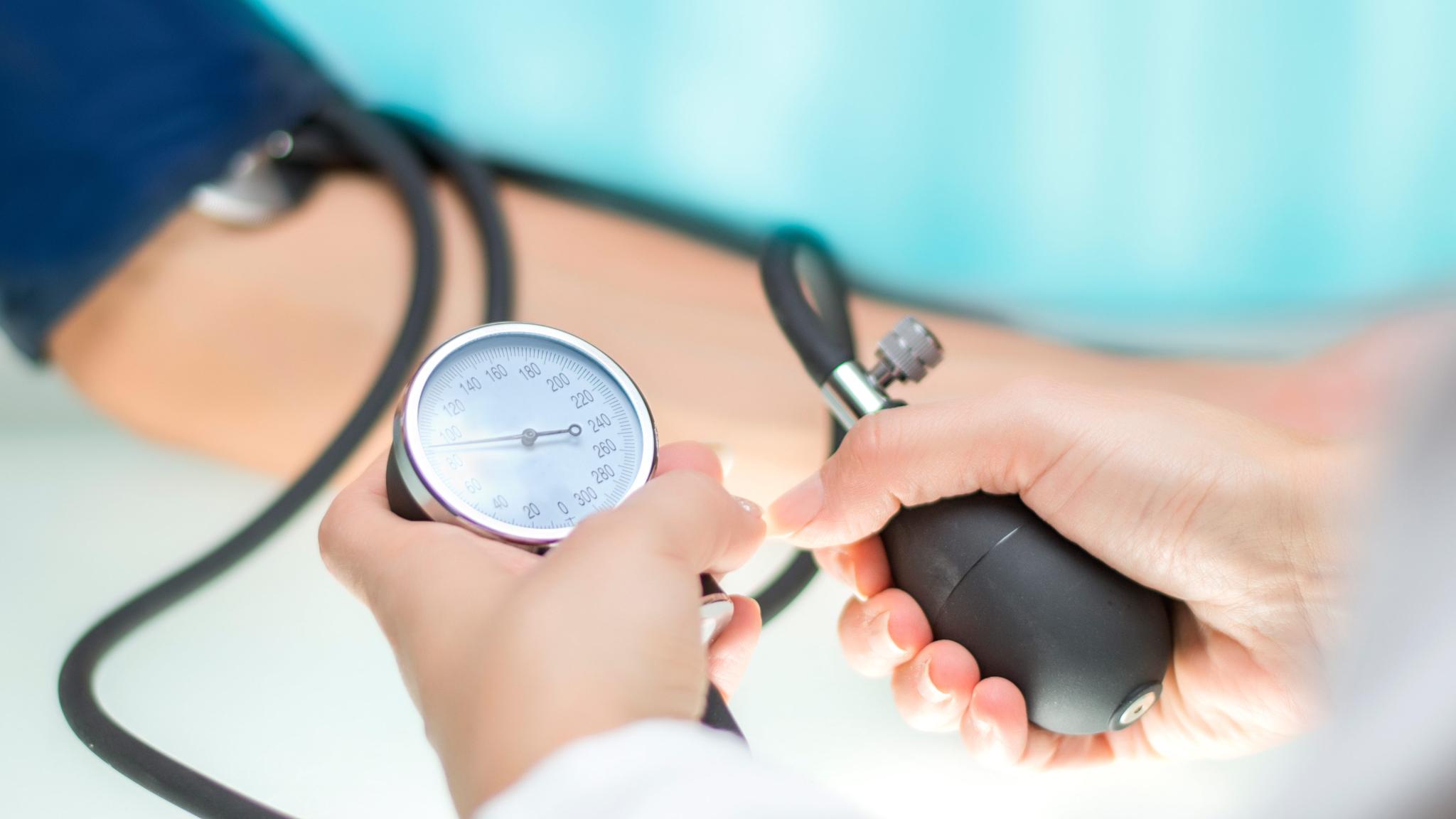 Amosova a magas vérnyomás kezeléséről