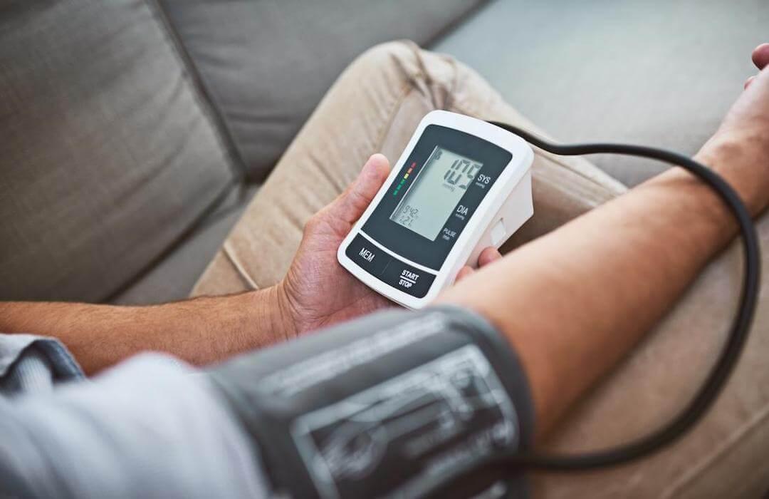 a magas vérnyomást jóddal kezeljük
