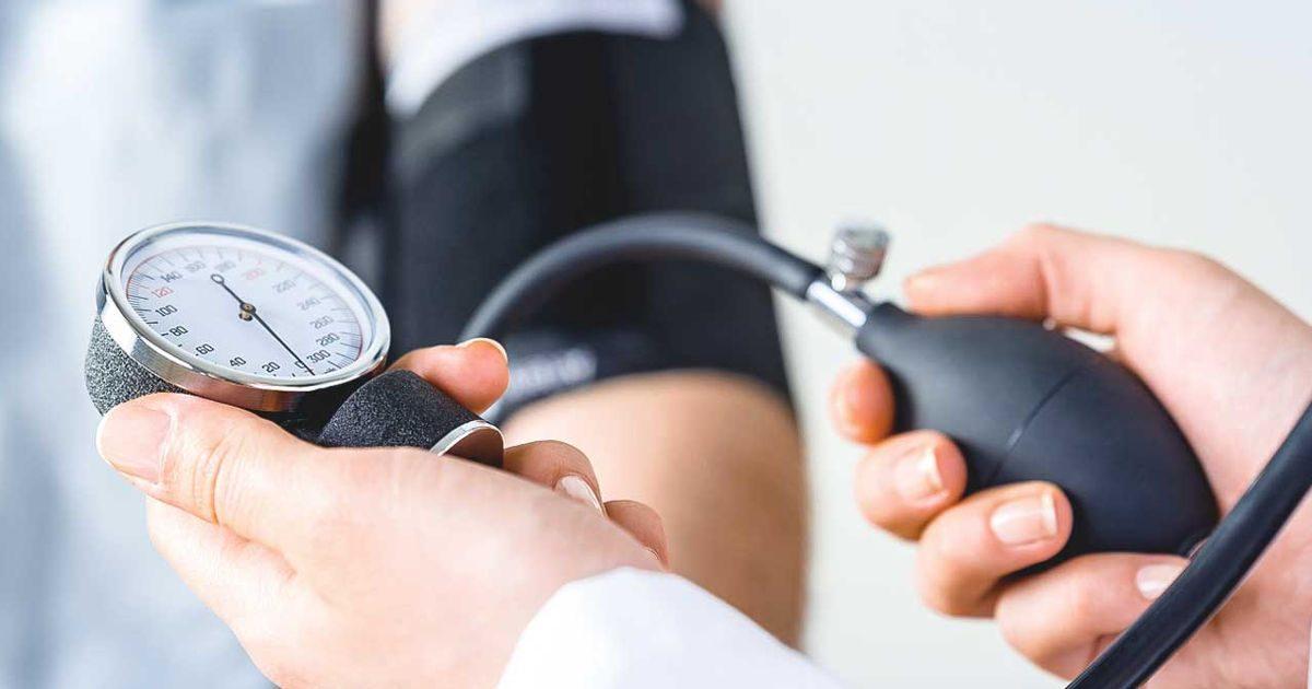 mágneses karkötők magas vérnyomás ellen