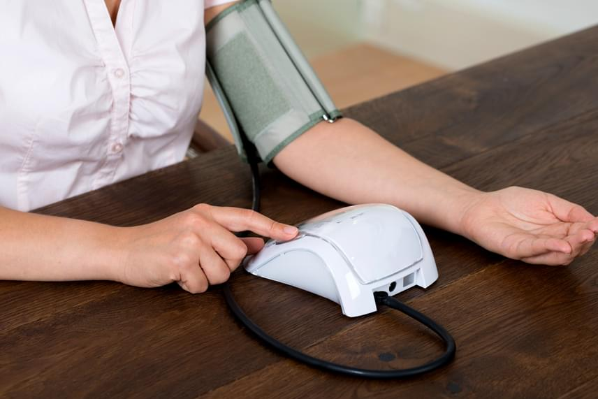 éjszakai magas vérnyomás