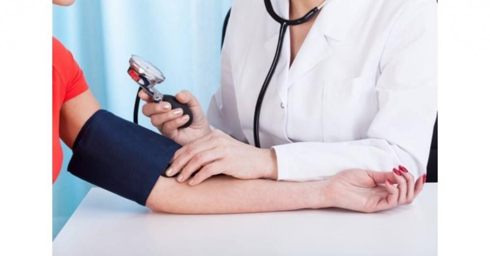 2 fokú magas vérnyomású fogyatékosság)
