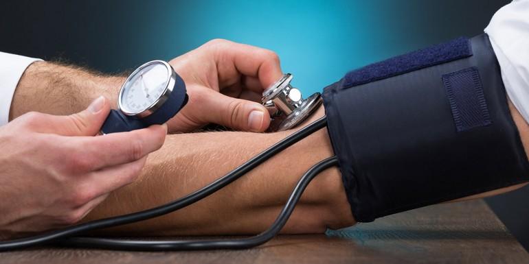 magas vérnyomás 3 fokozatú arg 3 diéta hipertóniás erek számára