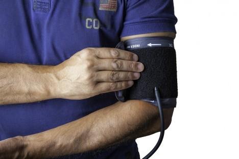 magas vérnyomás standard a klinikán)