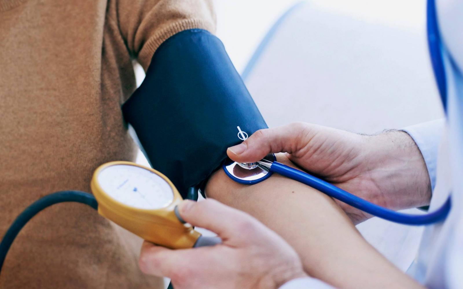 magas vérnyomás miatt regisztrálták utazás magas vérnyomásban vonattal