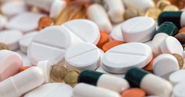 magas vérnyomásból importált gyógyszerek)