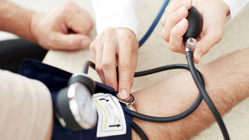fehérje magas vérnyomás esetén)