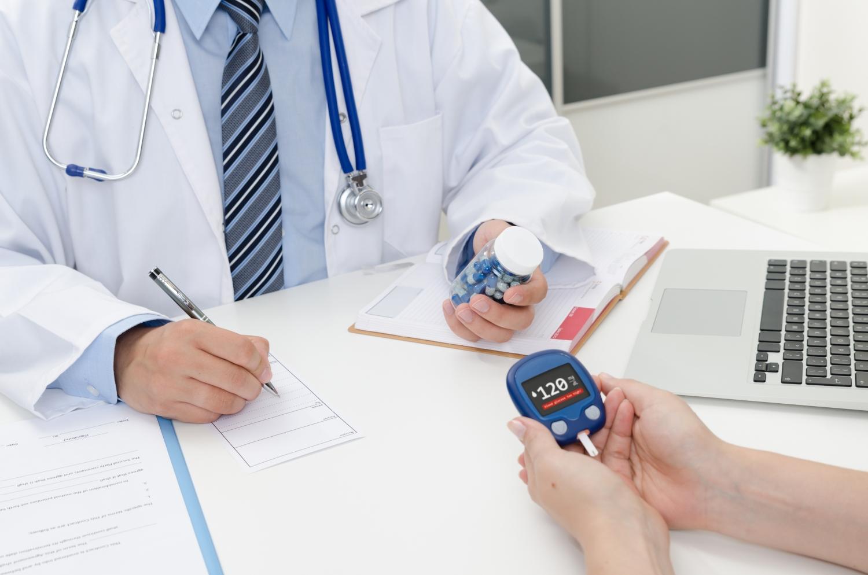 független ápolói beavatkozások magas vérnyomás esetén magas vérnyomás és szívbetegségek elleni gyógyszerek