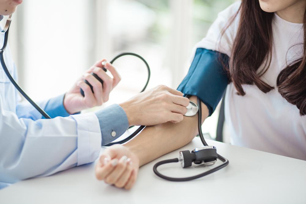 a magas vérnyomás injekcióval történő kezelése