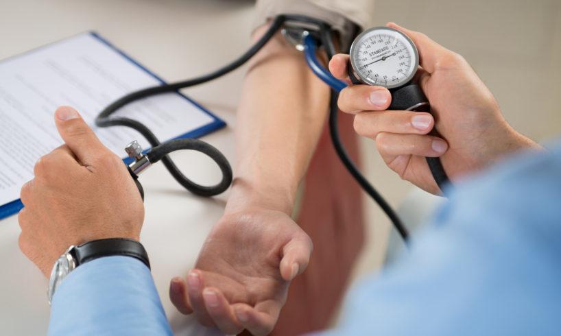 magas vérnyomás és fő diéta magas vérnyomás és osteochondrosis esetén