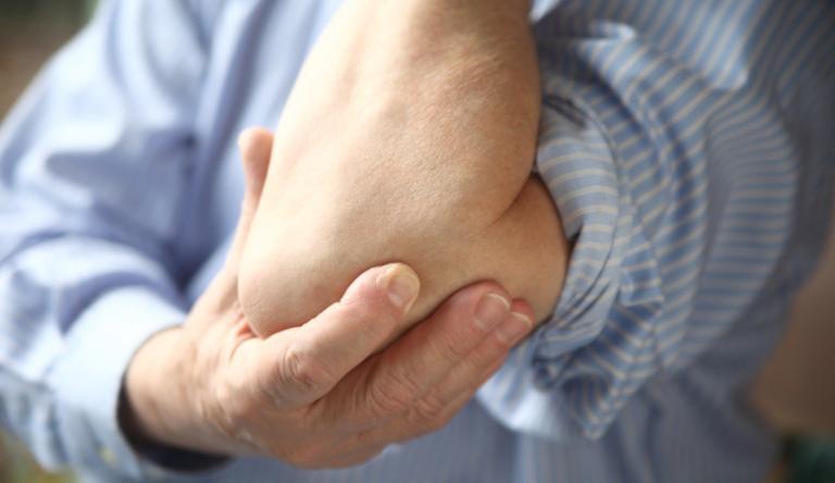 kezek elzsibbadnak a magas vérnyomástól)