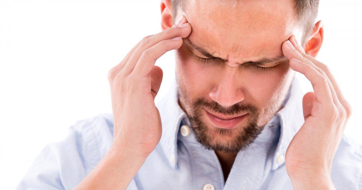 magas vérnyomás esetén a fül fájhat)