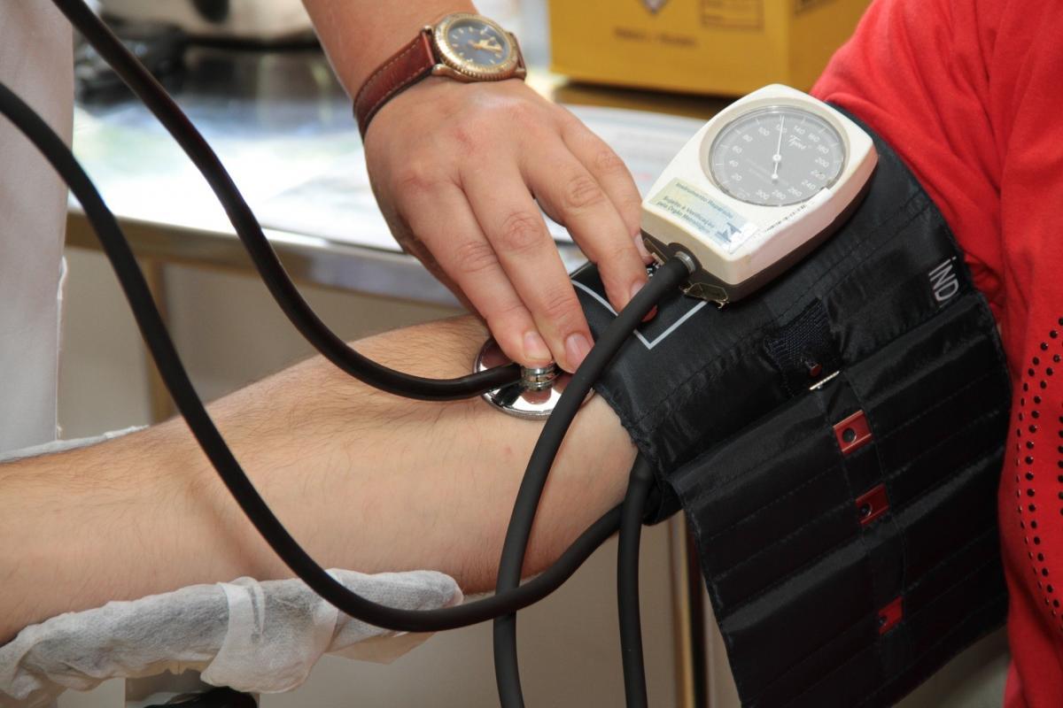 magas vérnyomás az erőemelőekben