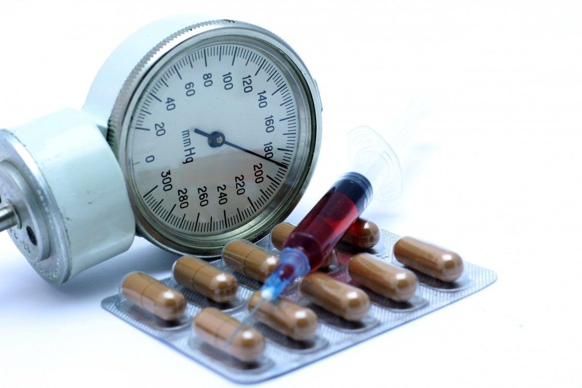 a magas vérnyomás okai és megszüntetése magas vérnyomásból származó szívbetegség